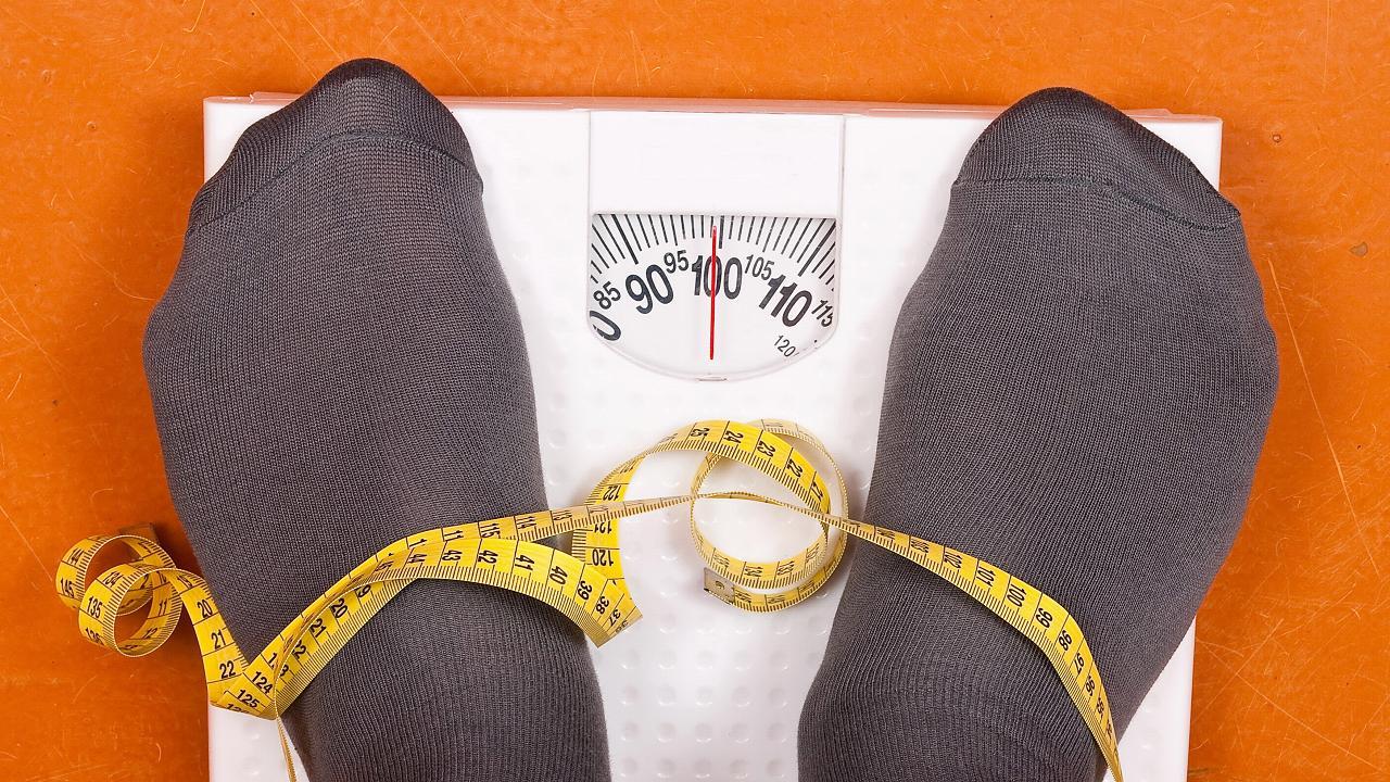 Trotz Diät purzeln die Pfunde einfach nicht? Diese sechs Dinge könnten schuld sein - Video