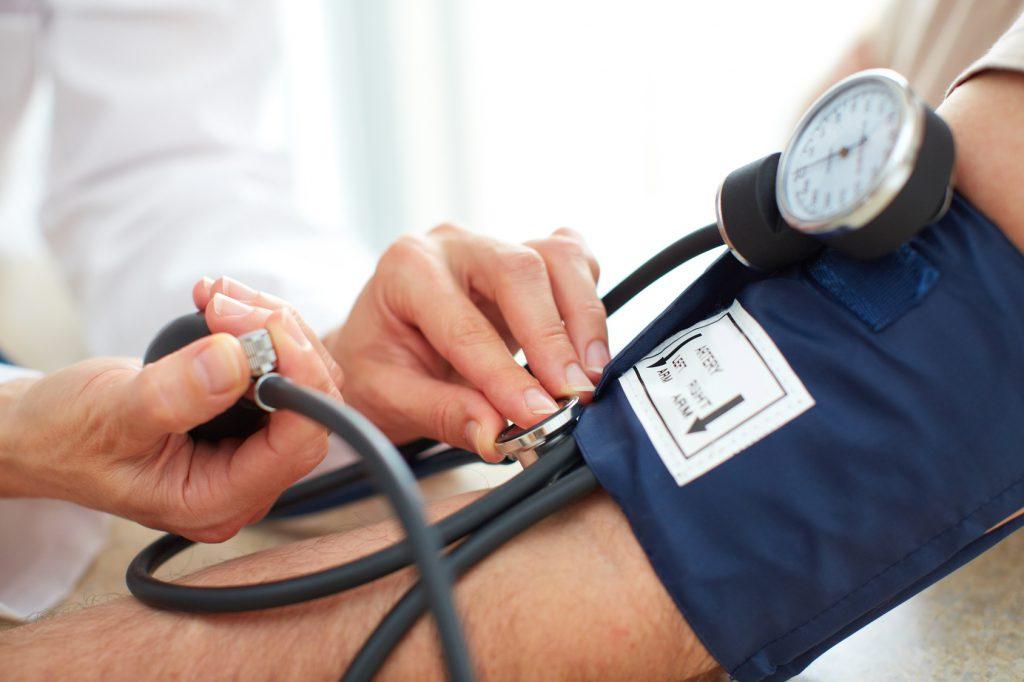 Wichtig bei Bluthochdruck: Zweiter Blutdruck-Messwert ist der Entscheidende