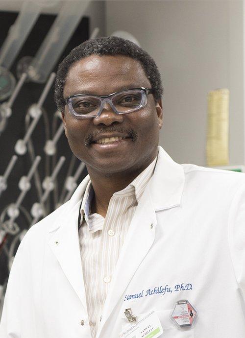 Achilefu geehrt für die Erfolge in der biomedizinischen Optik