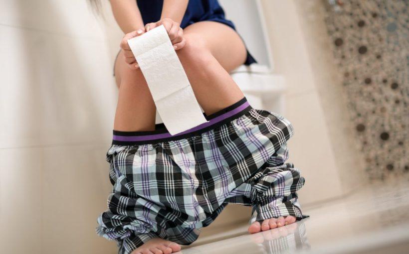 Hygienefehler: Dieser häufige WC-Fehler passiert täglich auf der Toilette