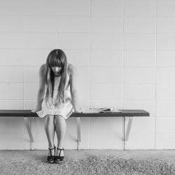 Lange Arbeitszeiten, verbunden zu einem erhöhten Risiko bei Frauen Depressionen