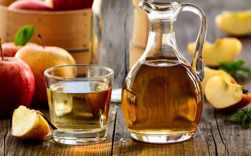 Diät-Helfer: Ein wenig Apfelessig regt den Stoffwechsel an und hilft so beim Abnehmen