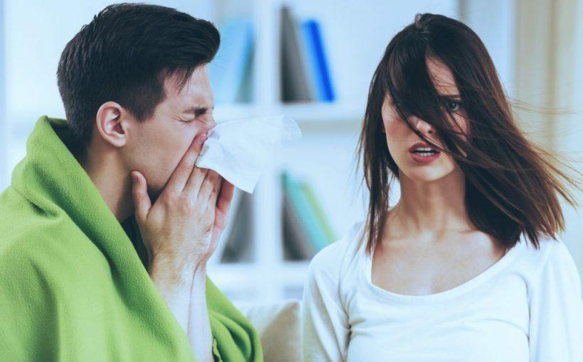 Neue Grippewelle im Vormarsch: Influenza-Viren-Aktivität steigt massiv an