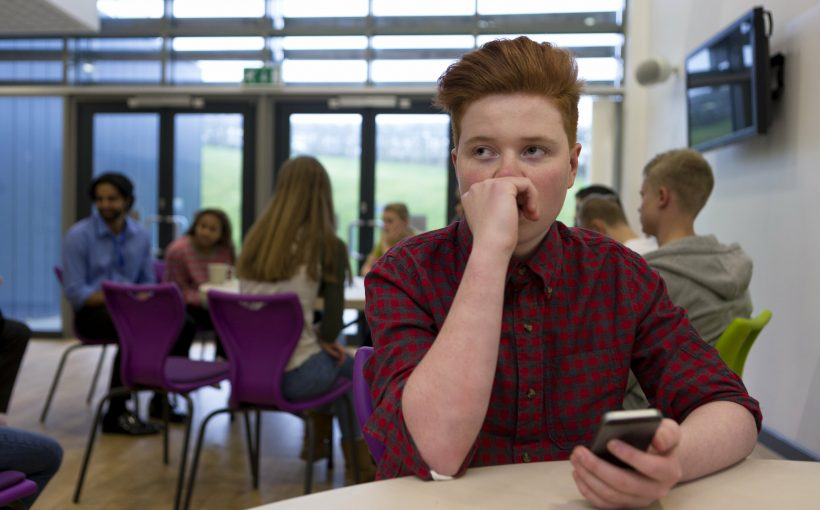 LGBTQ Jugendliche Gesicht hohe rate der Gewicht-basierten Mobbing