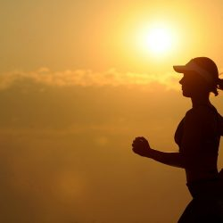 Laufen aufrecht: Die winzigen Bewegungen, die uns davor bewahren zu fallen