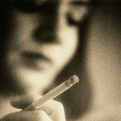 Drei Faktoren Vorhersagen psych Veranstaltungen mit Medikamenten für die Raucherentwöhnung
