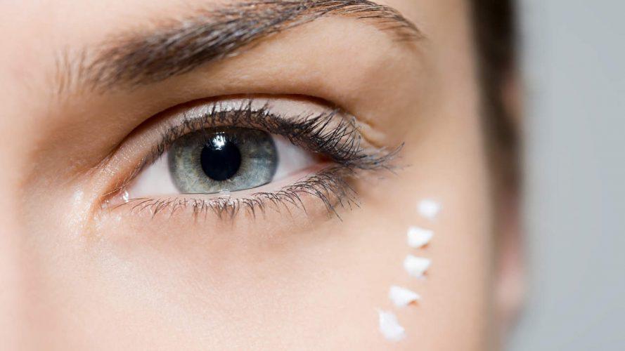 Glänzender Soeben Seinen Ersten Eye and Lip Cream-Hybrid, und die Leute Sind Ausgeflippt