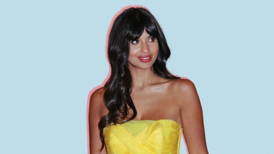 Jameela Jamil Veröffentlicht ein Close-Up Foto von Ihr Boob Dehnungsstreifen für Alle zu Sehen
