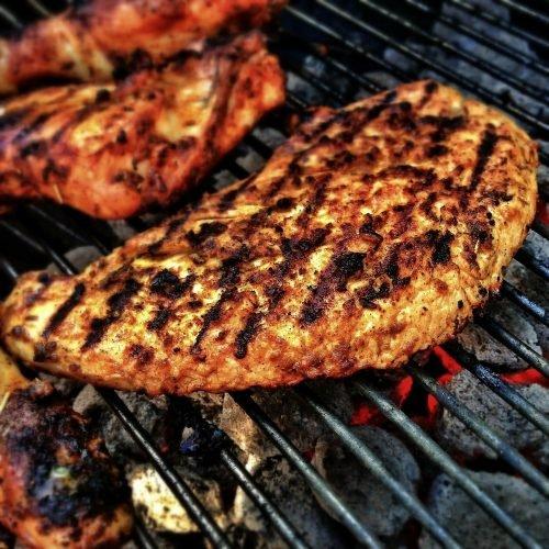 Ersetzen gesunden pflanzlichen Proteinen für rotes Fleisch senkt das Risiko für Herz-Krankheit