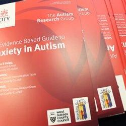Neue Anleitung, die helfen können, Angst bei Kindern mit Autismus