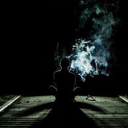 Jugend Drogenkonsum trends zwingen primären Versorgung ärzte zu halten