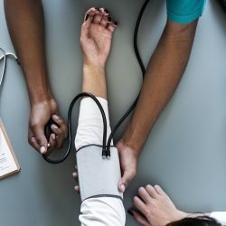 Deterrence-based-audit-Richtlinien überschüssige Verringerung der Kosten im Gesundheitswesen, Studie findet
