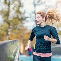 Wie oft Sie pro Woche laufen gehen müssen, um maximal Fett zu verbrennen