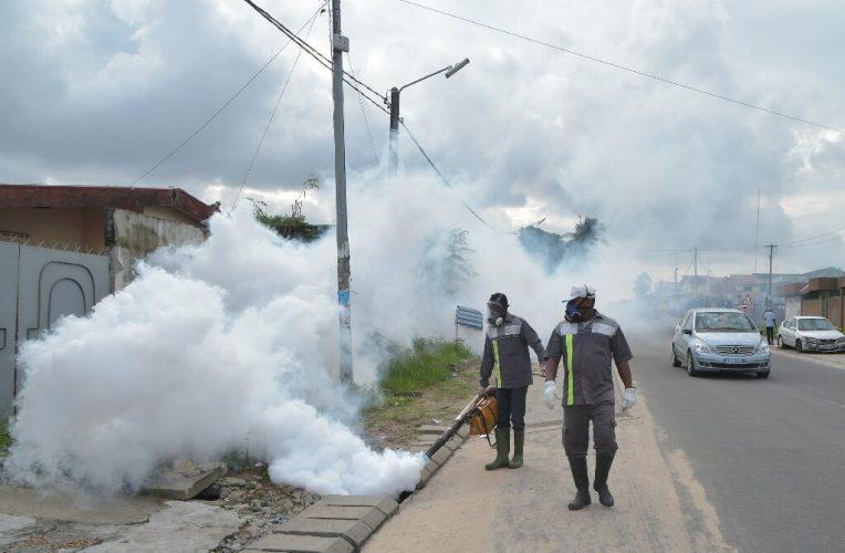 Altehrwürdige Taktik in den Vordergrund, als I. Küste konfrontiert dengue-Gefahr