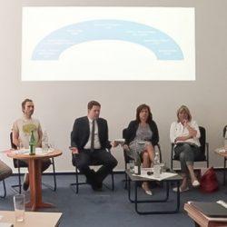 Hitzige Apotheken-Debatte vor der Landtagswahl