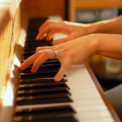 Link zwischen Musik und Sprache einen Rhythmus im Gehirn könnten liefern Sprache Einblick