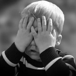 Kleinkind-Gehirn widerstehen lernen von den Bildschirmen, sogar video-chat