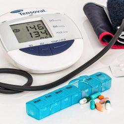 Der ersten Zeit der Schwangerschaft Komplikationen verbunden zu einem erhöhten Risiko von Bluthochdruck im späteren Leben