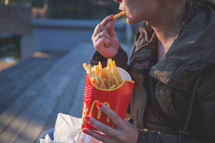 Fast-food führt zu langsamen Testosteron