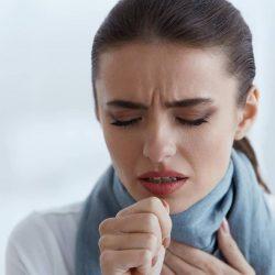 Unangenehmer Schleim im Hals: Diese fünf Tipps und Hausmittel helfen