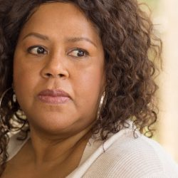 Frauen, die Opfer von Kindesmissbrauch haben schlechtere Symptome der menopause