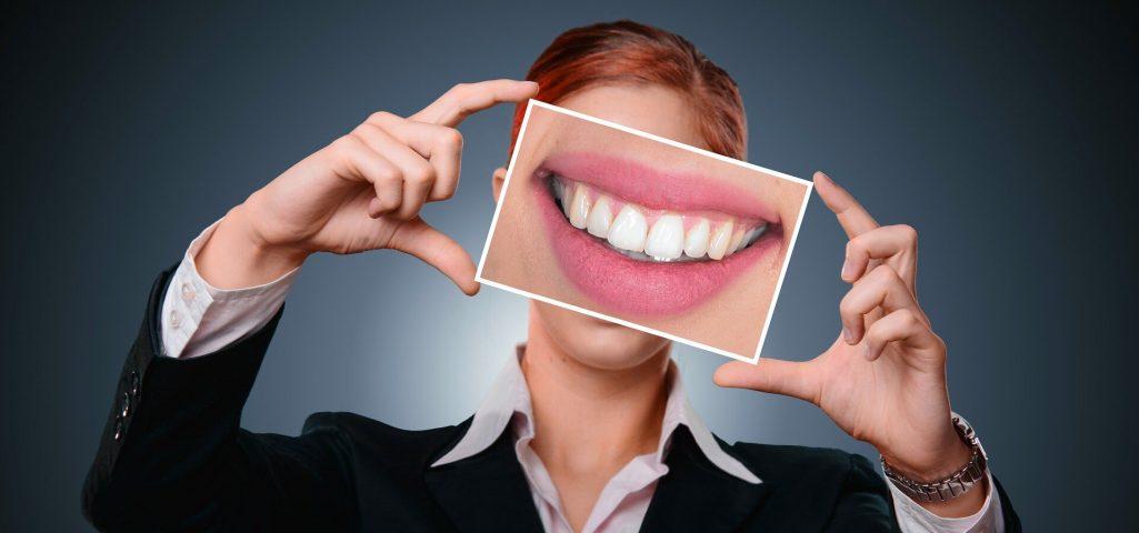"""Wie Sie verhindern, dass 'Wein-Zähne"""" aus diesem Urlaub"""
