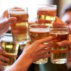 Cap Ihren Alkohol bei 10 drinks pro Woche: der Neue Entwurf der Leitlinien