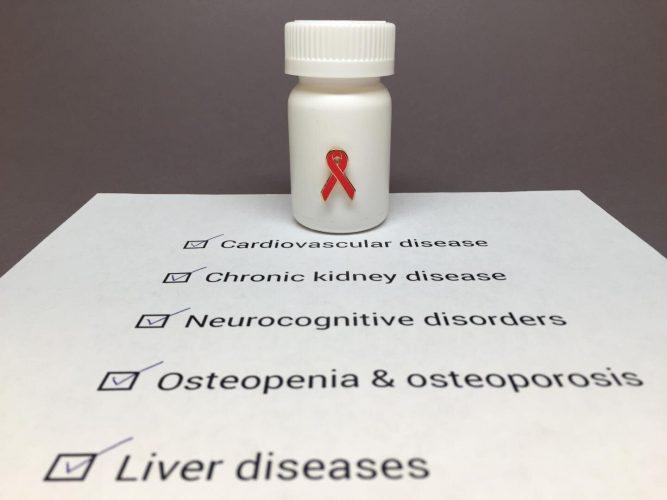 Anstrengungen zur Beendigung der HIV-Epidemie dürfe nicht vergessen, dass Menschen, die bereits mit HIV Leben