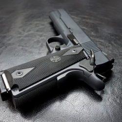 """Ländliche Kinder tragen von Handfeuerwaffen, """"nicht ungewöhnlich"""" und beginnt so früh wie der sechsten Klasse,"""