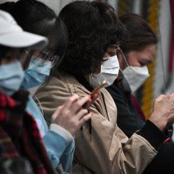 Foxconn damit beginnen, Gesichtsmasken neben iPhones in China