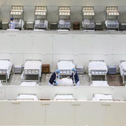 Globale ängste entstehen, weil immer mehr China-virus-Fällen gefunden auf Kreuzfahrtschiff