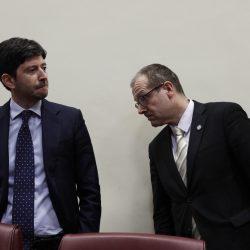 Italien sucht um sich zu beruhigen, ängste in Europa Fälle, Todesfälle steigen