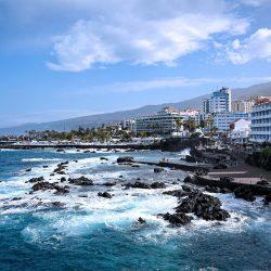 Hunderte von Touristen in Teneriffa bietet lockdown über coronavirus
