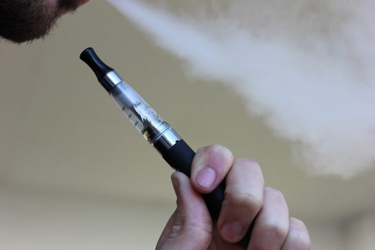 Forscher Werten frei vape kit-Programm zur Raucherentwöhnung