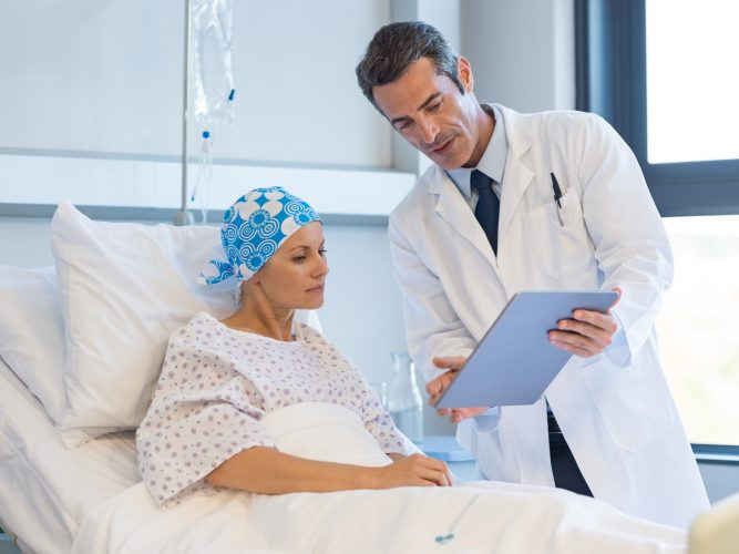 Corona und Krebs: Was Patienten jetzt wissen müssen