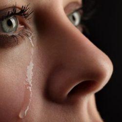 Coronavirus-Übertragung durch Tränen möglich? – Naturheilkunde & Naturheilverfahren Fachportal