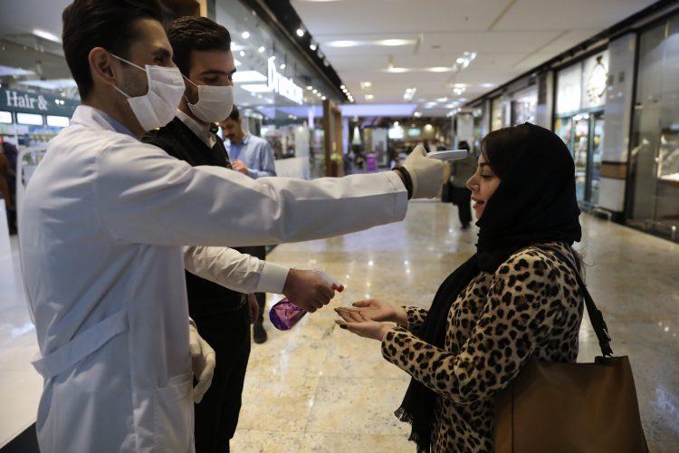 Iran sagt, dass 92 Toten inmitten 2,922 Fällen des neuen coronavirus