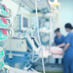 Zu viele Patienten, zu wenige Ventilatoren: Wie US-Krankenhäuser bewältigen COVID-19