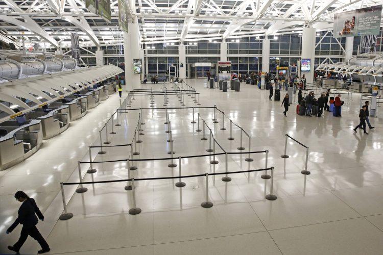 UNS wiegt Warnung gegen alle Reisen nach übersee