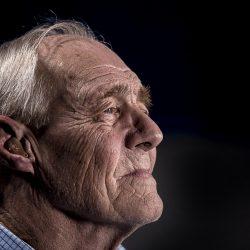 Stoppen Sie, nannte Sie 'ältere Menschen': zu Sprechen, zu älteren Erwachsenen über die selbst-Isolierung