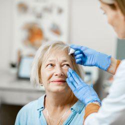 Warum Diabetiker oft trockene Augen haben