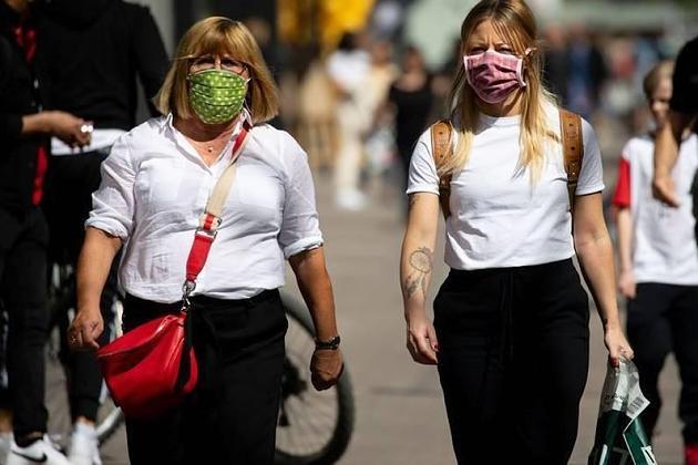 Coronavirus: Ist das Ausatmen unterm Mundschutz gefährlich?