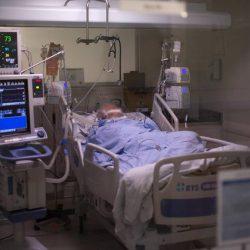Infizierter Gastgeber veranstaltet Geburtstagsparty – 18 Menschen erkranken an Corona