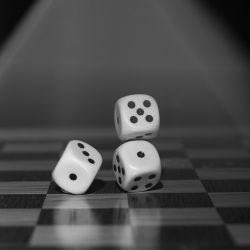 Führende Wissenschaftler nennen für die gesetzliche Abgabe auf Glücksspiel-Unternehmen, um Schaden reduzieren