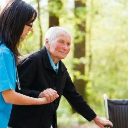 Sozialer Wohnungsbau, Altenpflege und Schwarze Amerikaner: Wie Corona-Virus wirkt sich auf bereits benachteiligte Gruppen