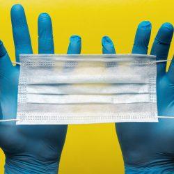 Handschuhe können mehr Schaden als nützen, wenn es um den Schutz, die Sie von COVID-19
