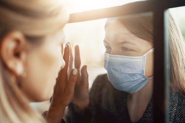 """""""Ihr verhöhnt die Toten"""": Das denken Corona-Kranke über Virus-Skeptiker"""