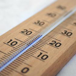 Globale Erwärmung steigert die Hitze-in Verbindung stehenden Herz-Kreislauf-Hospitalisierungen, findet Studie