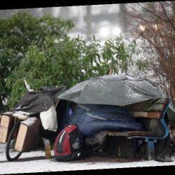 Nachdem sie ihren Job verlor: 34-jährige Britin lebt seit Lockdown im März in einem Zelt