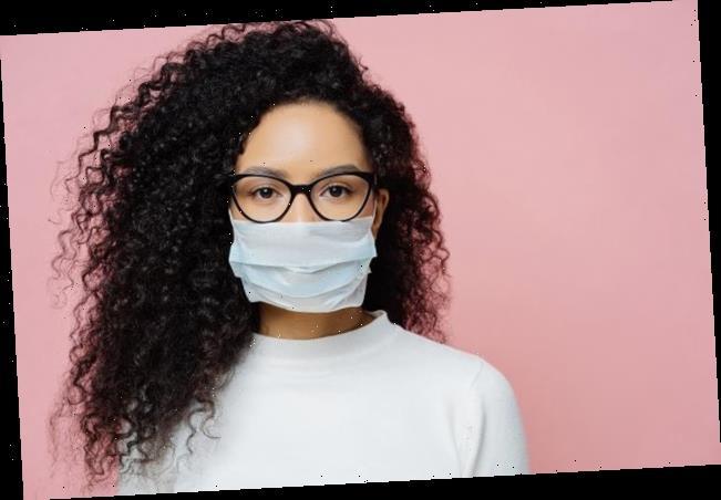 Genialer Trick: Arzt verrät, wie Maske nie wieder verrutscht und Brillengläser nicht mehr beschlagen